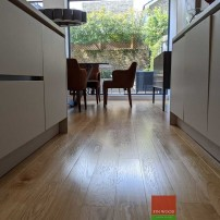 Fitting narrow oak boards engineered in London by Fin Wood #CraftedForLife #CraftedForLife