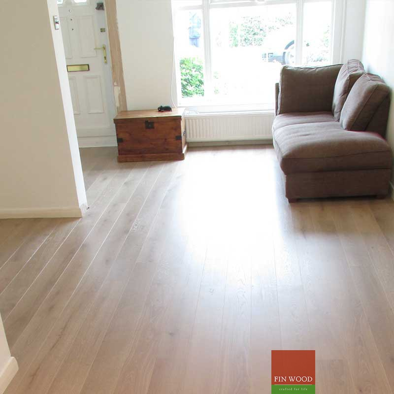 Fitting engineered boards - Light coloured