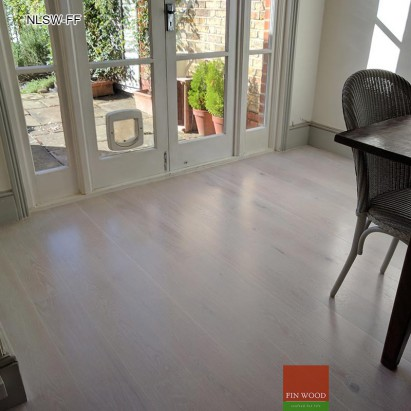 Fitting Natural Look Solid Wood Floors