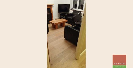 Fitting Engineered Oak Coastal Grey