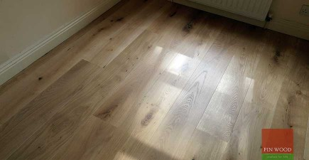 Fitting Engineered Oak Grey White