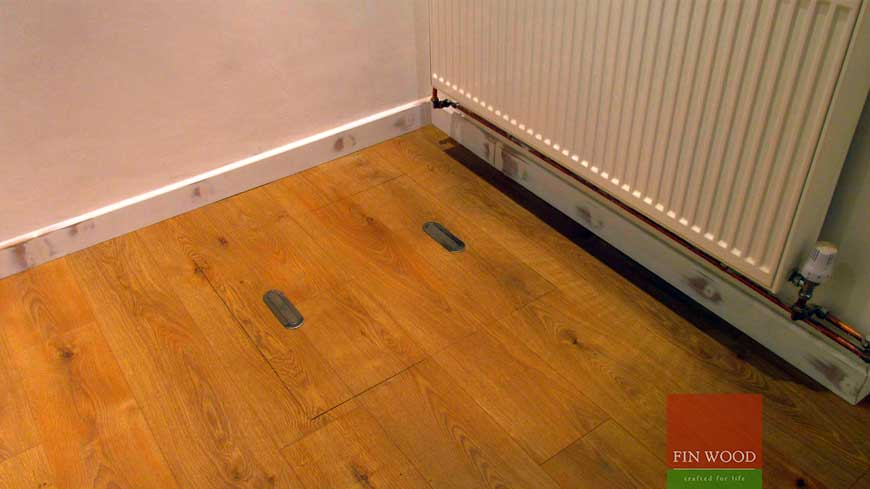 Access panel in wooden floors craftmanship 10