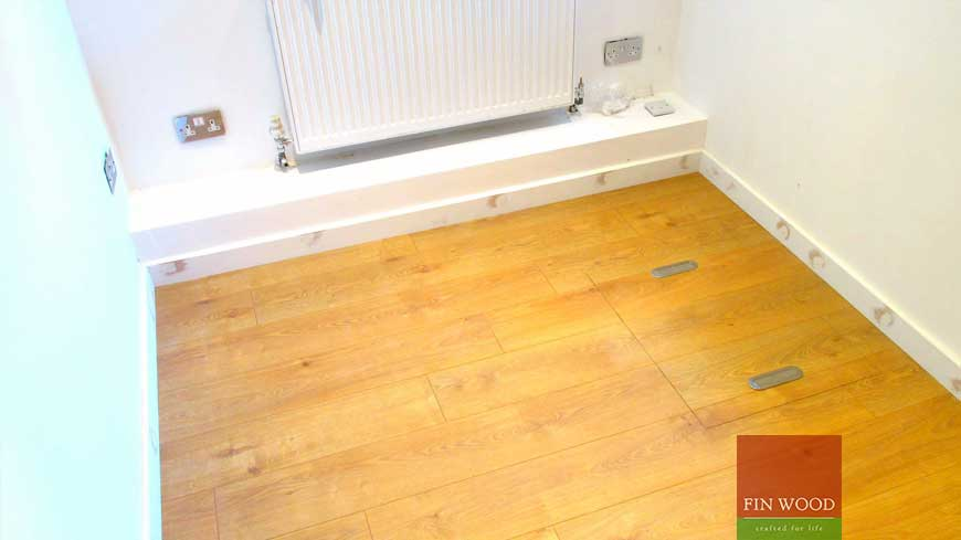 Access panel in wooden floors craftmanship 12
