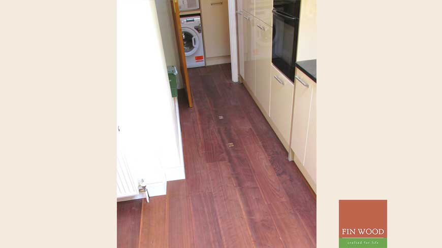 Access panel in wooden floors craftmanship 3
