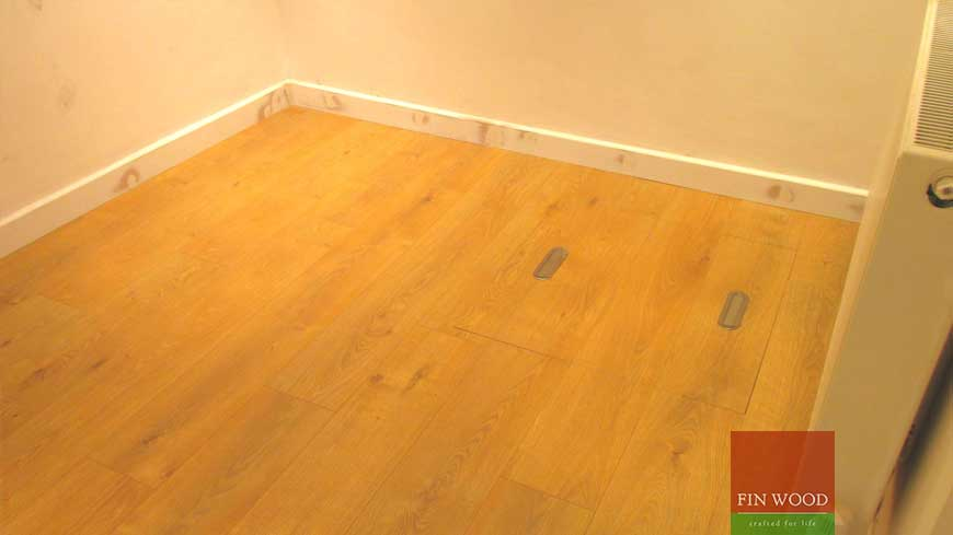 Access panel in wooden floors craftmanship 8