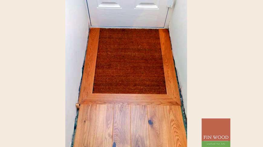 Integrated doormat in wooden flooring craftmanship 15