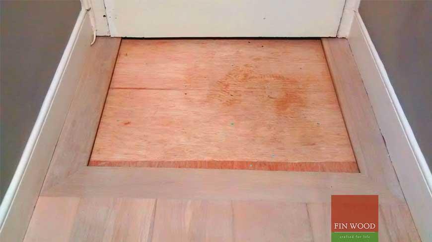 Integrated doormat in wooden flooring craftmanship 17