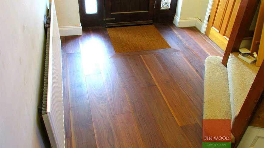 Integrated doormat in wooden flooring craftmanship 3