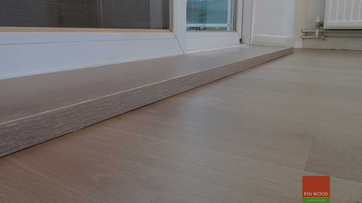 Wood floor joining to bifold doors - by Fin Wood Ltd